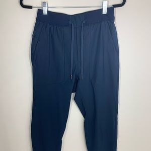 Men's lululemon Joggers - NEW - S